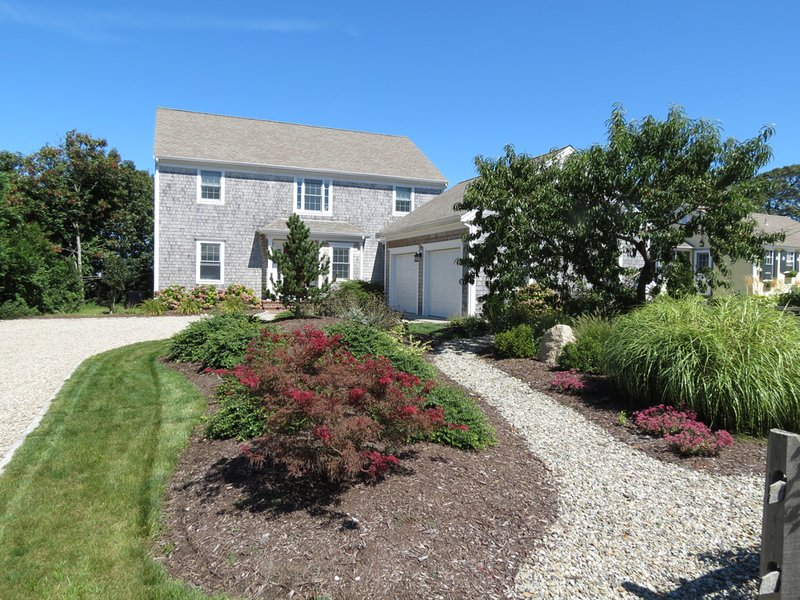 It's a big, beautiful home in an ideal Brewster Bayside neighborhood. - Custom Built New Home, 3 Minutes To Beach--014-B - Brewster - rentals