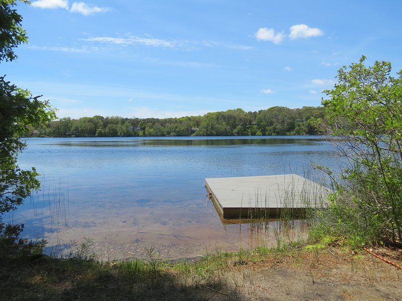 Direct access to Crystal Lake, ideal for paddle sports, swimming and fishing - Beach, Kayaks, SUPs - Pristine Orleans Lake:018-OM - Orleans - rentals