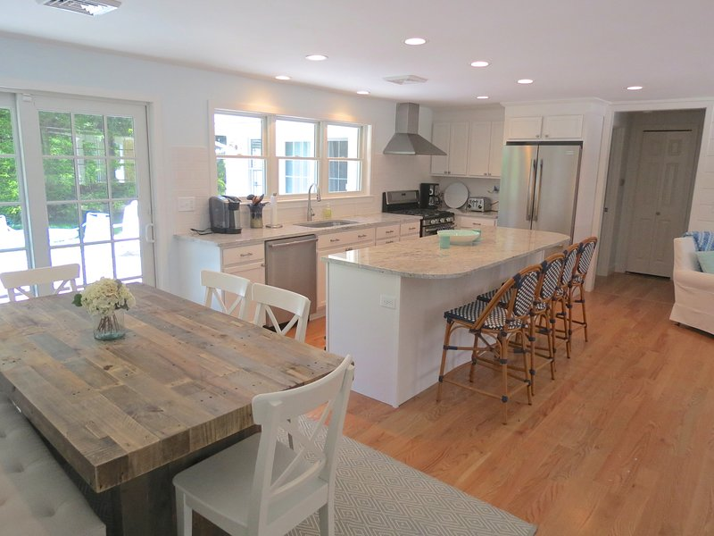 The home was completely upgraded in the Spring of 2015. - Near Chatham Village, newly remodeled beauty:032-C - Chatham - rentals