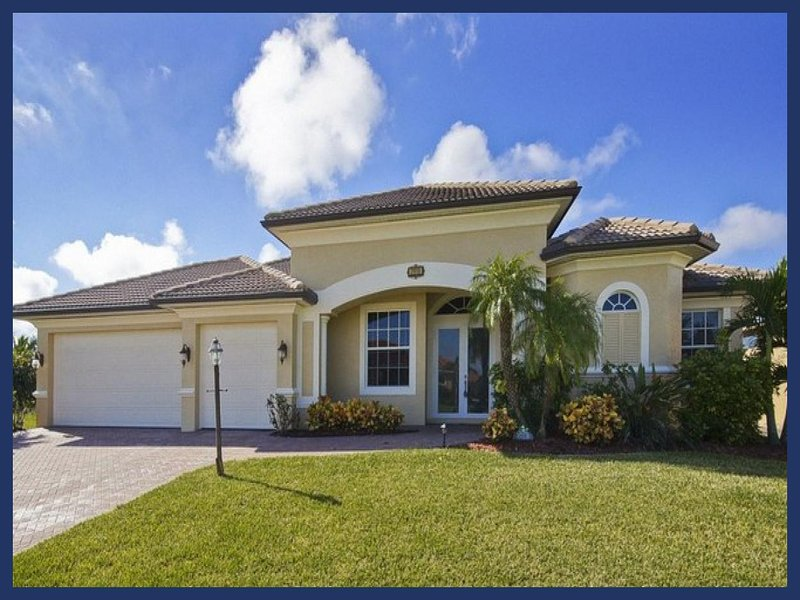 Magnificent 4 bedroom Cape Coral villa- On canal- South facing pool- Pet Friendly- Boat dock- Spa - Image 1 - Matlacha - rentals