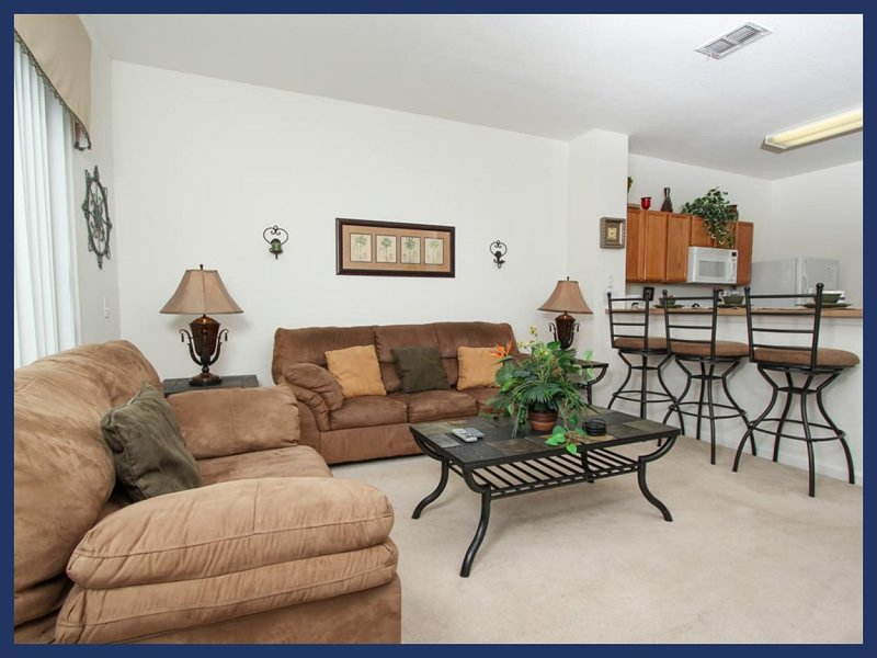 Stunning 3 Bed Townhouse - Pool and Internet Access - Image 1 - Four Corners - rentals