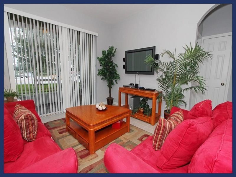 Perfect for family groups, 1st floor essential and cosy 3 bedroom, 2 bathroom condo in Windsor Hills - Image 1 - Four Corners - rentals