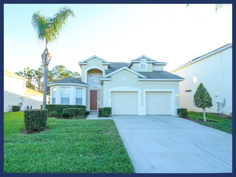2 storey, 5 bedroom fantastic home offers a games room and private pool - Image 1 - Four Corners - rentals
