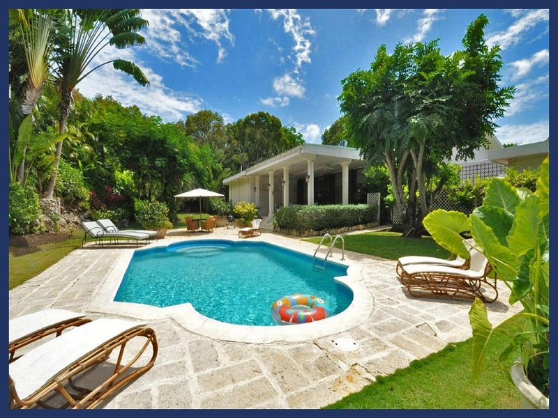 Beautiful 3 Bed Villa with Pool and Sun Deck - Image 1 - Gibbs Bay - rentals
