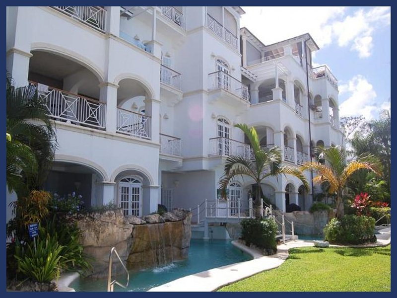 Luxury 2 Bed Beachfront Apartment with Pool - Image 1 - Lascelles Hill - rentals