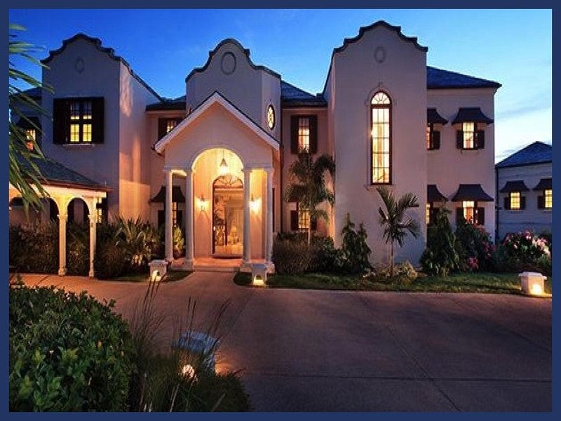 Stunning 5 Bed Home - Private Infinity Pool/Spa - Image 1 - Westmoreland - rentals