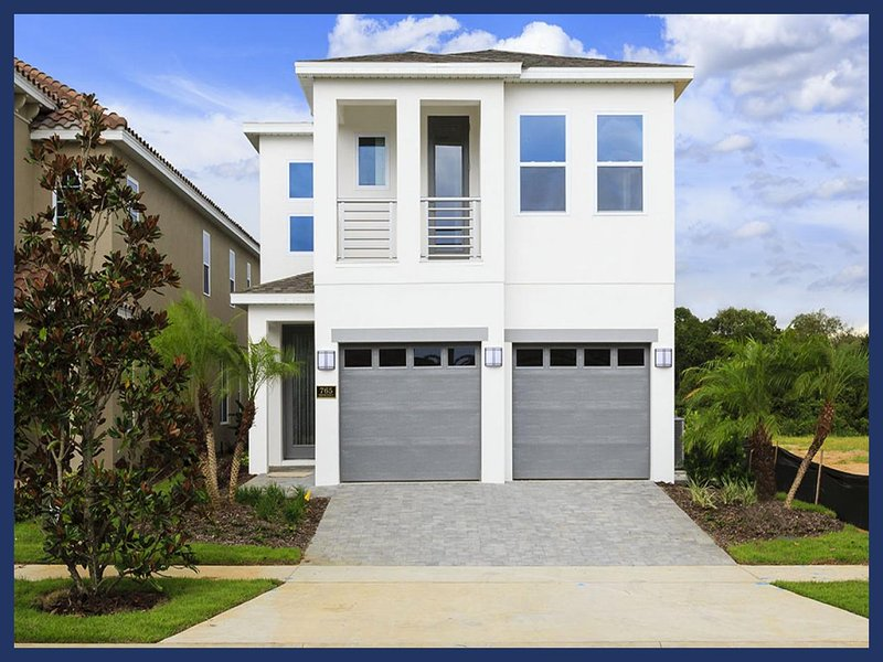 Spacious, stylish, Modern luxury 5 bedroom pool home perfect for family trip to Orlando - Image 1 - Loughman - rentals