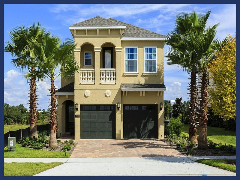 Spacious 5 bed home with private pool and spa with amazing golf views - Image 1 - Loughman - rentals
