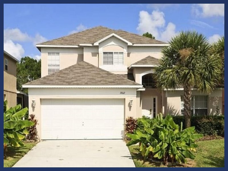 *** FREE RESORT ACCESS *** MINUTES TO DISNEY WORLD **GREAT VALUE SPACIOUS HOME** - Image 1 - Four Corners - rentals