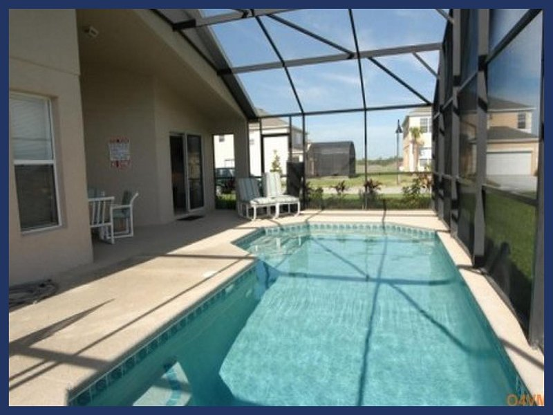 Emerald Island Resort vacation rental with lovely private heated pool, games room, near to Disney - Image 1 - Four Corners - rentals