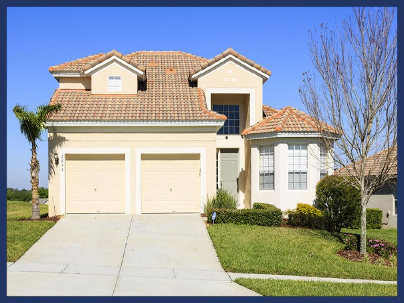 Stunning 5 Bed Home with Private Pool - Games Room - Image 1 - Four Corners - rentals