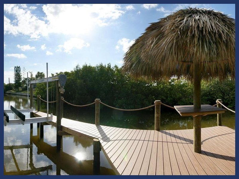 Fantastic 4 Bedroom Villa with Private Pool - Image 1 - Cape Coral - rentals
