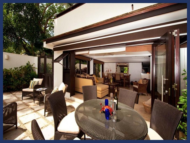 Luxury 2 Bed Beachfront Villa - Golf Nearby - Image 1 - Paynes Bay - rentals