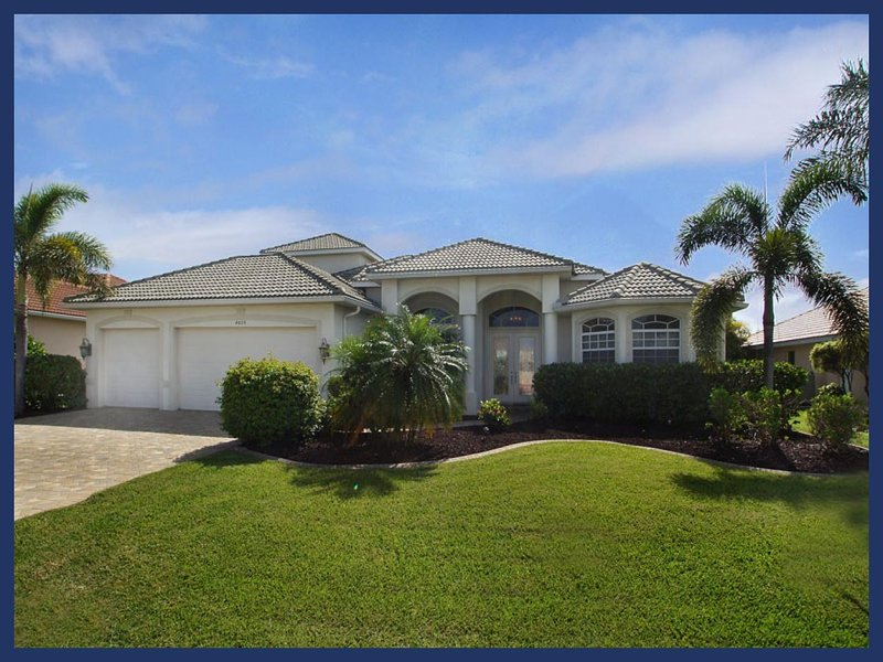 Luxury 4 Bed Villa with Private Boat Dock - Image 1 - Cape Coral - rentals