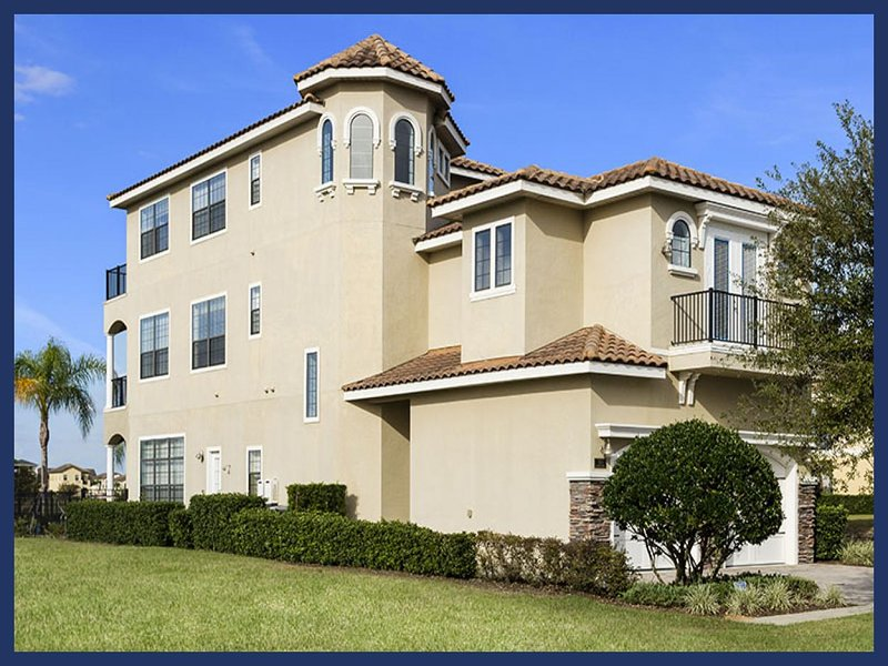 Beautiful 6 bedroom home, with pool, located near 3 golf courses, a water park, spa, tennis courts and restaurants - Image 1 - Reunion - rentals