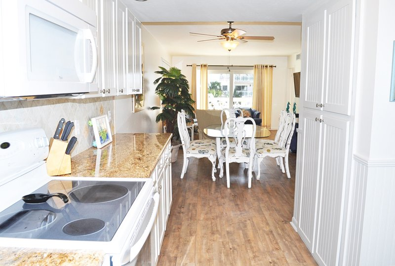 Open Floor Plan, Upgraded Kitchen El Matador Resort, Okaloosa Island Fort Walton Beach Vacation Rentals - .El Matador Resort, Unit 432 - Fort Walton Beach - rentals
