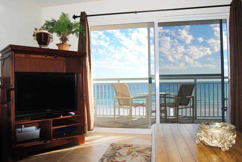 Living Room, Pelican Isle 305 Fort Walton Beach Okaloosa Island Vacation Rentals - Pelican Isle Resort, Unit 305 - Fort Walton Beach - rentals