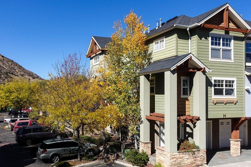 Welcome to Parkside Terrace! - Parkside Terrace - Durango - rentals