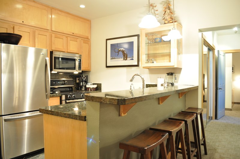 Kitchen - Juniper Springs Lodge # 203 - Mammoth Lakes - rentals
