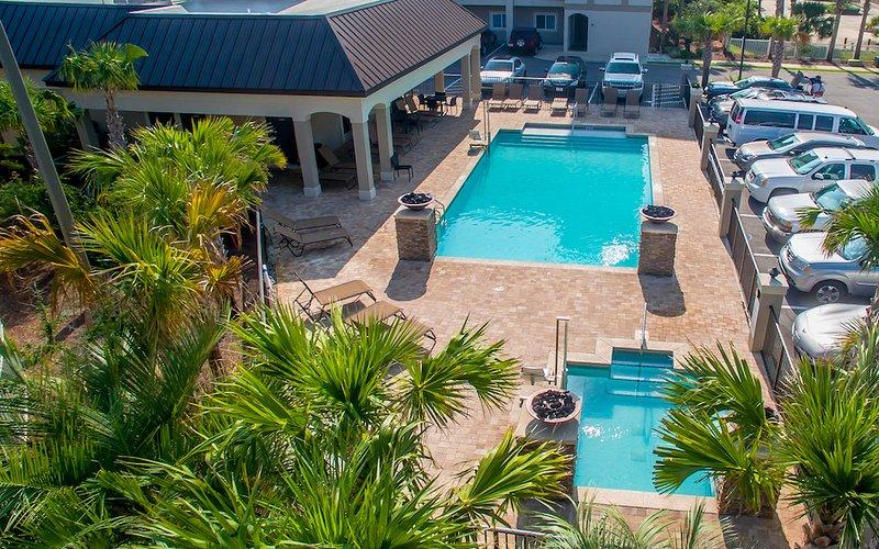 Aerial pool view - ALERIO C302 - Miramar Beach - rentals