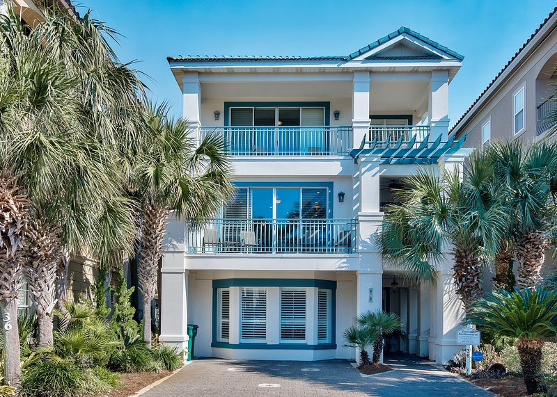house front view - Emerald Enchantment - Destin - rentals
