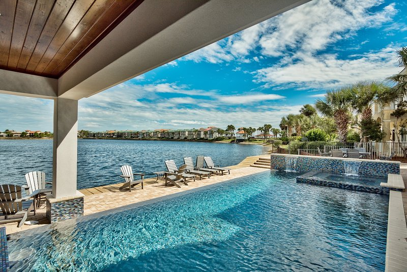 Pool with lake view - Sea E O - Destin - rentals