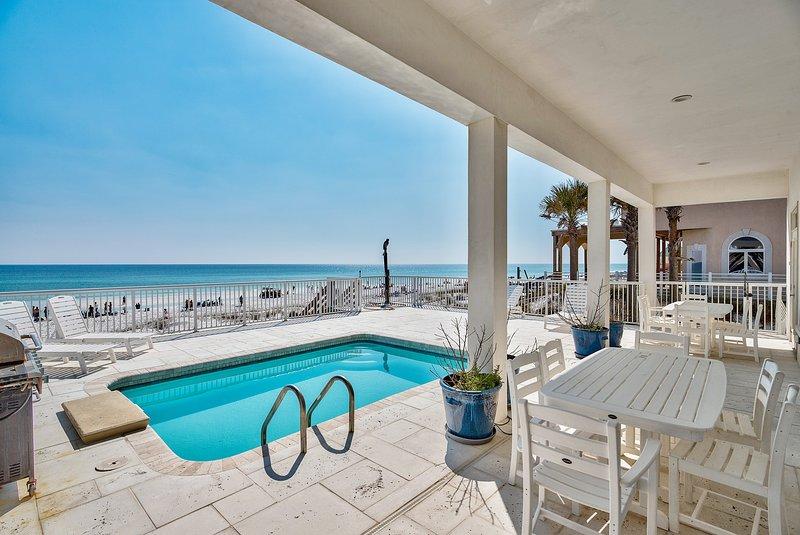 Pool - Redefining Beach Time - Destin - rentals