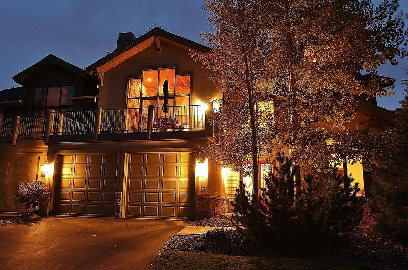 Front exterior with large deck, 2 car garage and amazing views of Park City Tranquility - Park City - Park City Tranquility - Park City - rentals