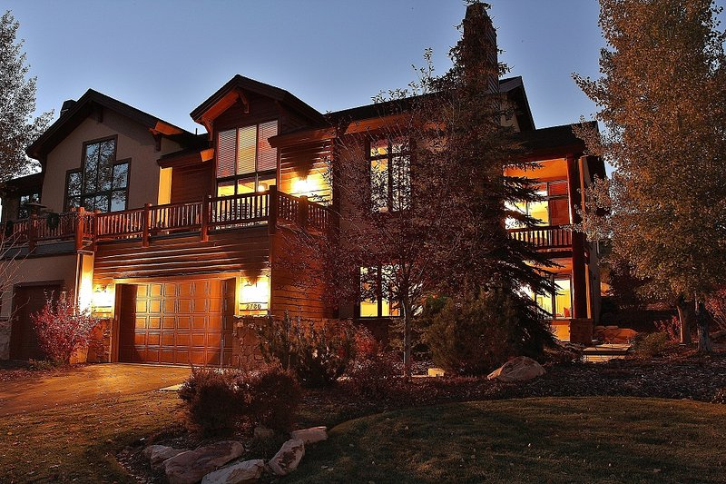 Front exterior of Park City Serenity - Park City with great decks and amazing views. - Park City Serenity - Park City - rentals