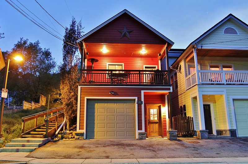 Front Exterior of Park Avenue Retreat and garage; steps to Main Street - Park City Park Avenue Retreat - Park City - rentals