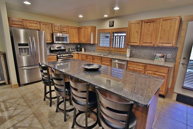 Park City Bear Hollow Estate- View of Kitchen - Park City Bear Hollow Estate - Park City - rentals