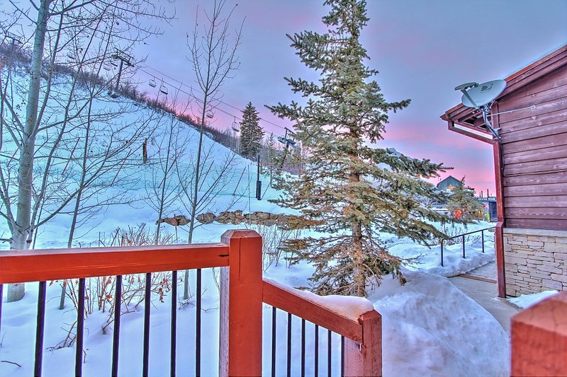 Silver Stair ski run and Lift is right out your front door... true ski-in/out location - Park City Silver Star Ski-In Ski-Out Penthouse - Park City - rentals