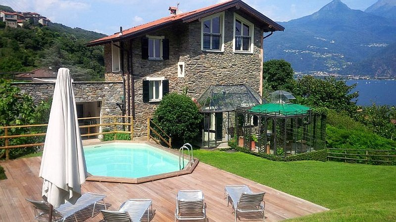 Villa Emma, San Siro (Santa Maria Rezzonico) Lake Como - NORTHITALY VILLAS Vacation Villa Rentals - Cosy family-friendly villa with pool and lakeview - San Siro - rentals