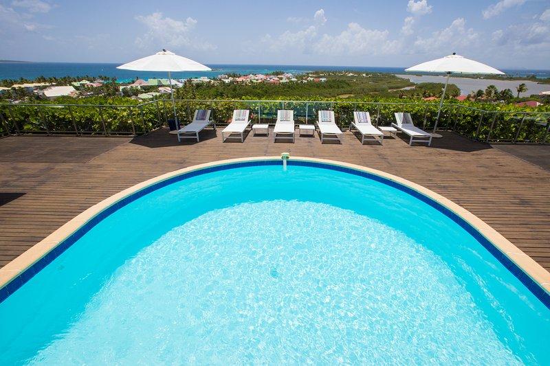 MANGO... 4 BR ... amazing views of Orient Bay await you...enjoy! - Image 1 - Orient Bay - rentals