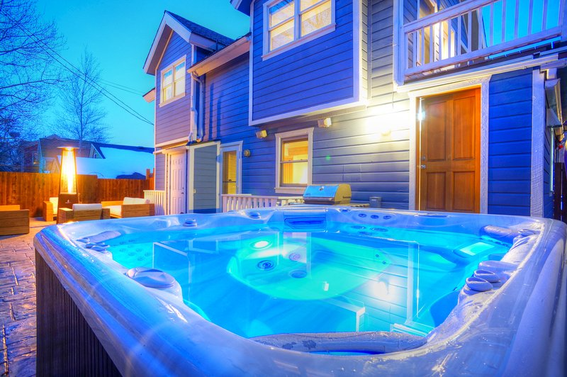 Private hot tub and large deck - Abode Off Main - Park City - rentals