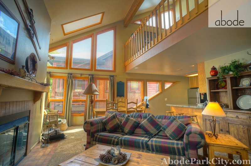 spacious living room - Abode on Norfolk - Park City - rentals