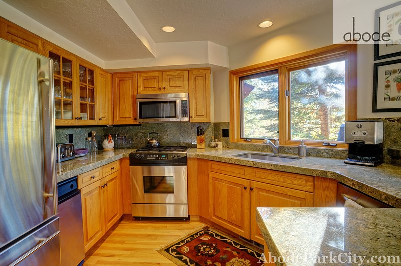 modern kitchen with all you need - Abode at the Ridge in Deer Valley - Park City - rentals