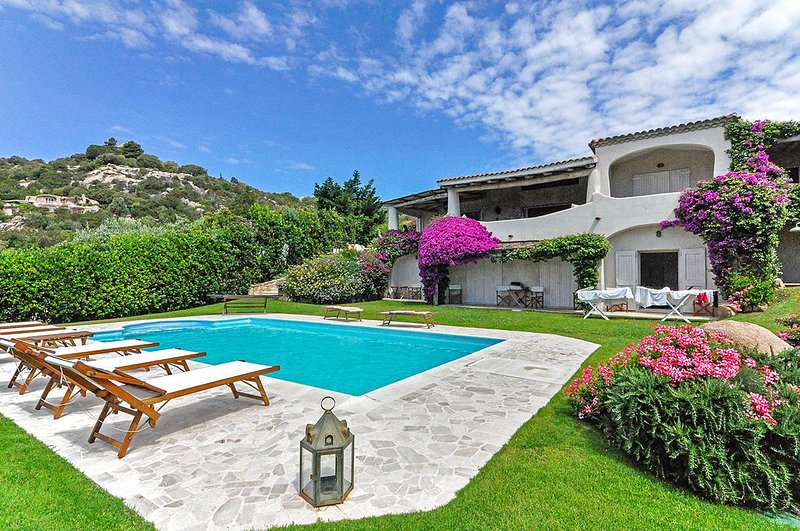 Villa Luce, Sleeps 12 - Image 1 - Abbiadori - rentals