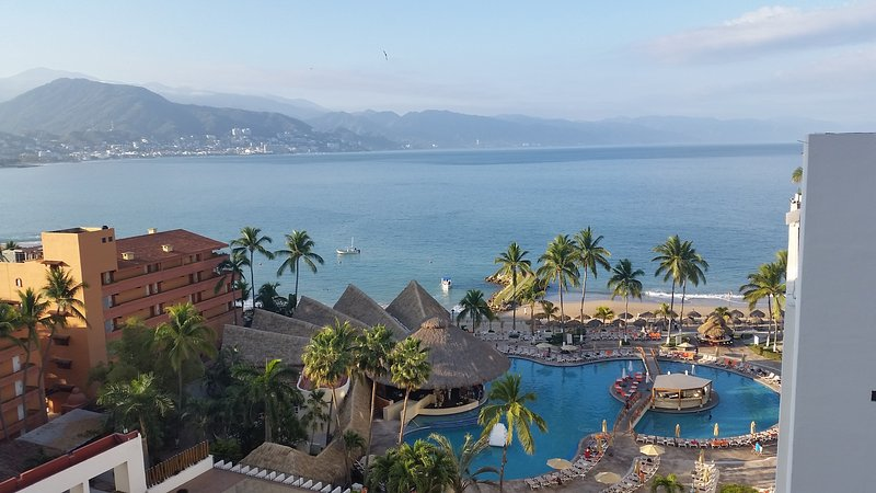 Wonderful views of the beach, ocean, and mountains - Oceanfront Condo on Great Beach, Pool, WiFi (932) - Puerto Vallarta - rentals