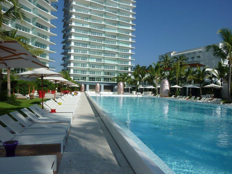 ICON Pool - Modern 20th Floor ICON Condo w/ Ocean View - Puerto Vallarta - rentals