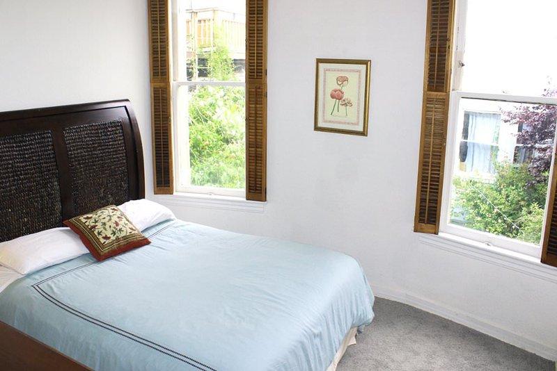 STUNNING 2 BEDROOM MODERN HOME - Image 1 - San Francisco - rentals