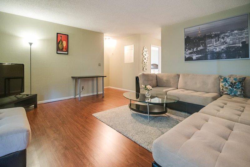 Furnished Condo at Benton St & Kiely Blvd Santa Clara - Image 1 - Santa Clara - rentals