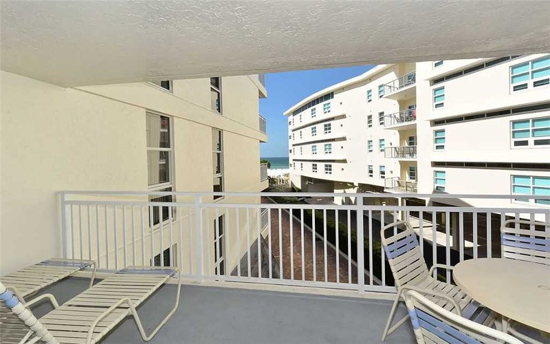 Comfortable 2BR with Gulf view, recently remodeled #308GV - Image 1 - Sarasota - rentals