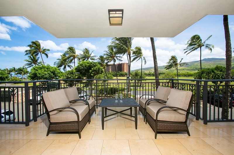 Spacious / Comfy Lanai for Relaxing, or Entertaining - Beach Villas OT-210 - Kapolei - rentals
