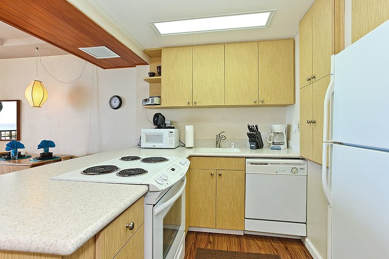 Brightly Lit, Fully Equipped Kitchen - Makaha - Hawaiian Princess - 305 - Waianae - rentals