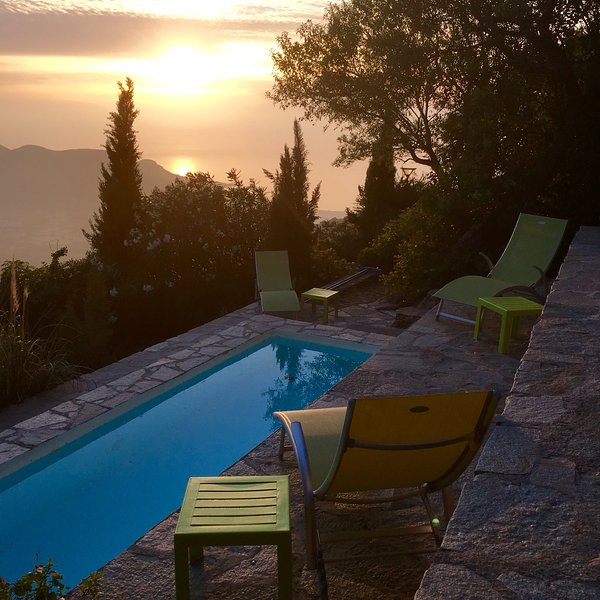 Swimming pool, sunset view - Sant Antonino , Corsica - Sant'Antonino - rentals