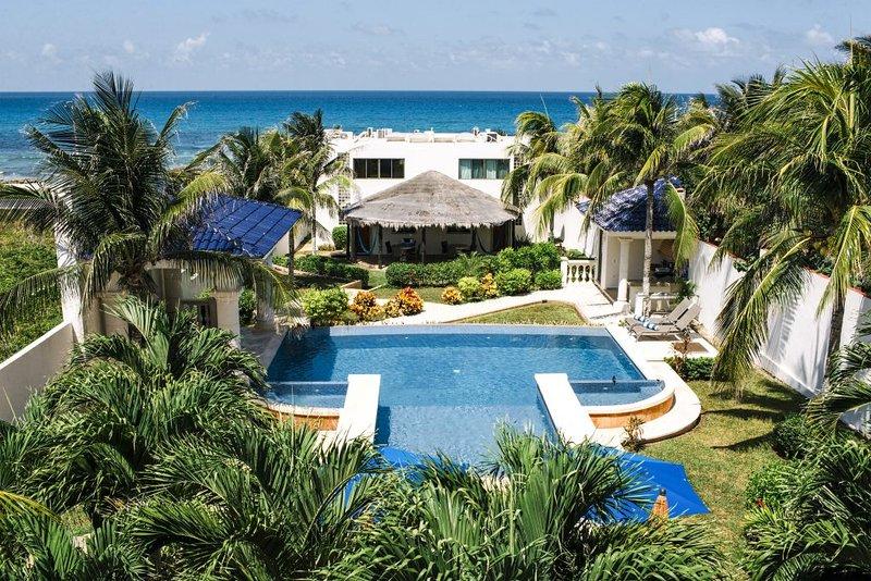 Villa Grounds - Casa De Las Palmas Ocean Front Oasis up to 16 - Isla Mujeres - rentals