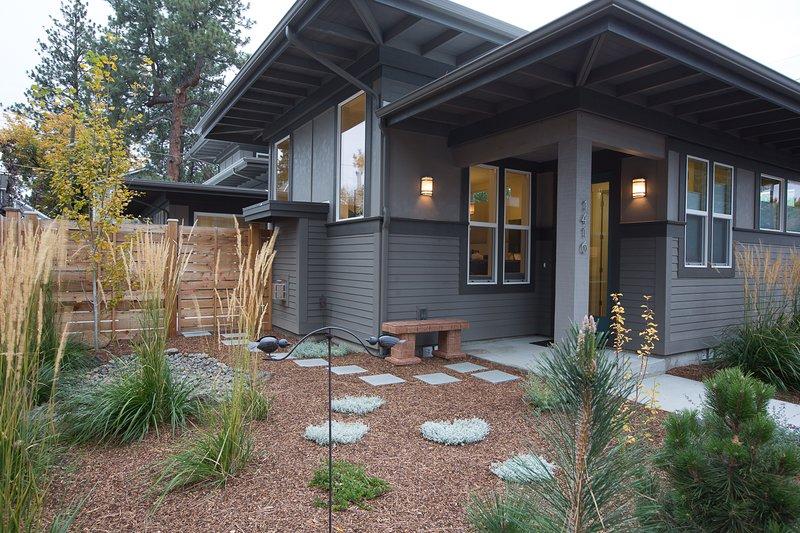 Aspen  Home - Bend Vacation Rentals - Aspen House - Oretech - rentals