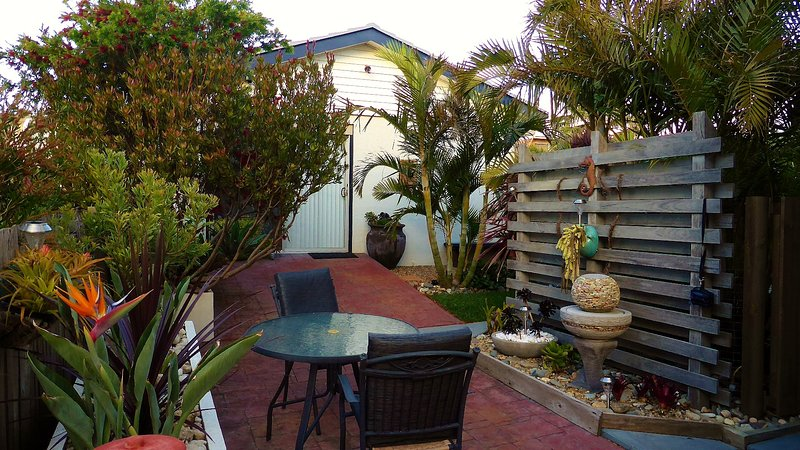 Outdoor elfresco area - The Beach Bungalow - Ulladulla - rentals