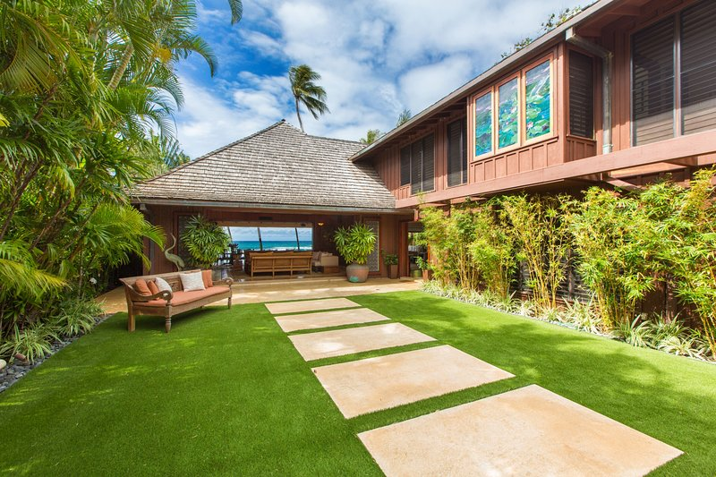 Welcome to The Villa at Diamond head. Where you will be warmly greeted by the oceans beauty each time you enter the home. - The Villa on Diamond Head Beach - Honolulu - rentals